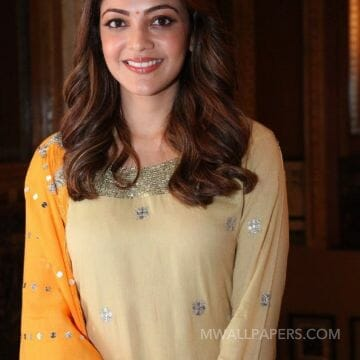 Kajal Agarwals latest cute HD stills with Tamannah HD Wallpapers (Desktop Background / Android / iPhone) (1080p, 4k)