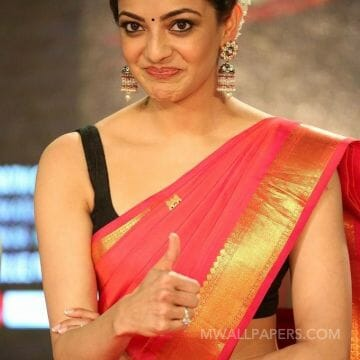 Kajal Aggarwal Hot Beautiful Face Expression Images / Wallpapers HD Wallpapers (Desktop Background / Android / iPhone) (1080p, 4k)