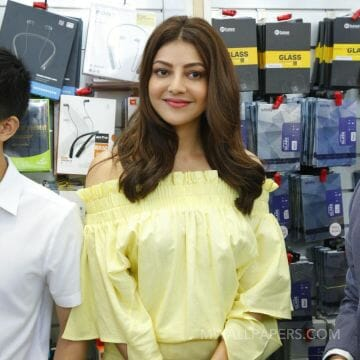Kajal Agarwals latest white dress photos in HD Quality HD Wallpapers (Desktop Background / Android / iPhone) (1080p, 4k)