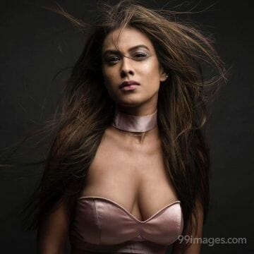 Nia Sharma HD Wallpapers (Desktop Background / Android / iPhone) (1080p, 4k)
